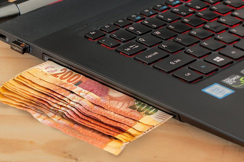 Bermodalkan Toko Online Raih Omset Jutaan Rupiah