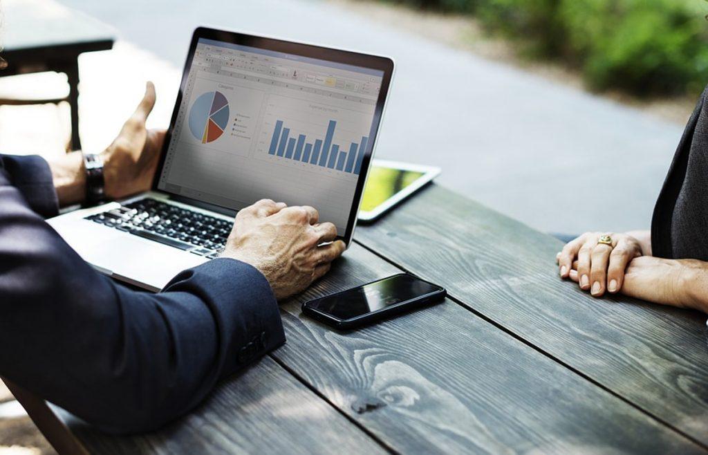 Daftar Bisnis Hanya Bermodal Laptop