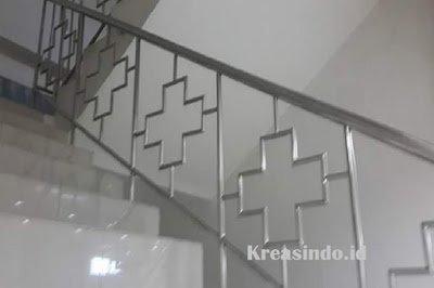 Model Pagar Balkon Stainless Minimalis Terbaru