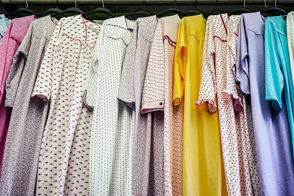 Peluang Usaha Berjualan Baju Muslimah Untuk Ibu Rumah Tangga